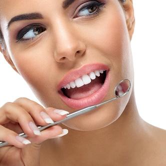 Estética Dental  Clínica Mariana Sacoto Navia Ortodoncia transparente sin hierros