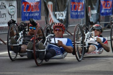 VOS hand cyclists