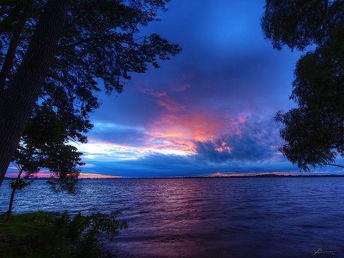 west lake view, por paul bica