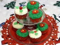 Tutorial como hacer cupcakes de coco decorados para navidad por Rosa Quintero