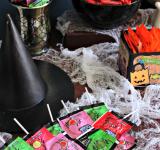 "DIY Halloween Candy ""Bar"""