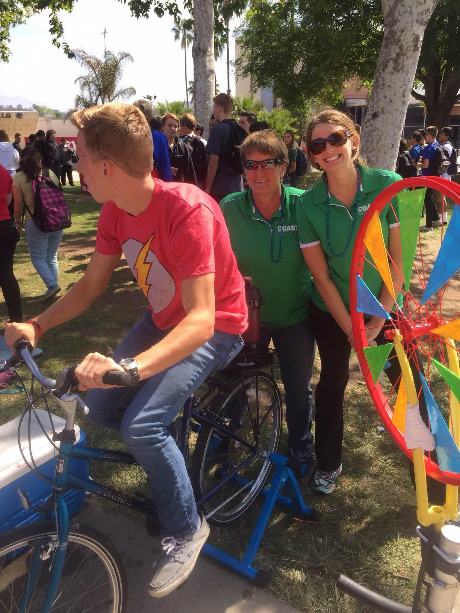 Bike Blender Smoothies & Trivia Wheel Challenge!