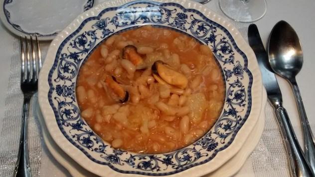 Potaje de verduras con mejillones