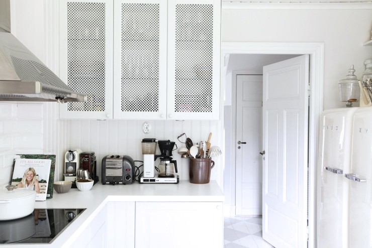 White Kitchen Texture Filled