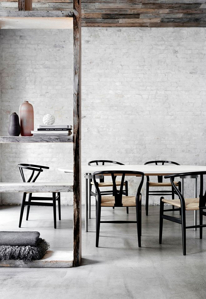 Carl Hansen & Søn in Host restaurant - via Coco Lapine Design