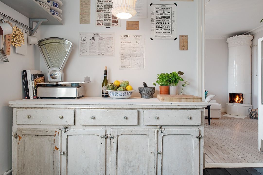 Antique in the kitchen coco lapine designcoco lapine design - Decoracion vintage de interiores ...