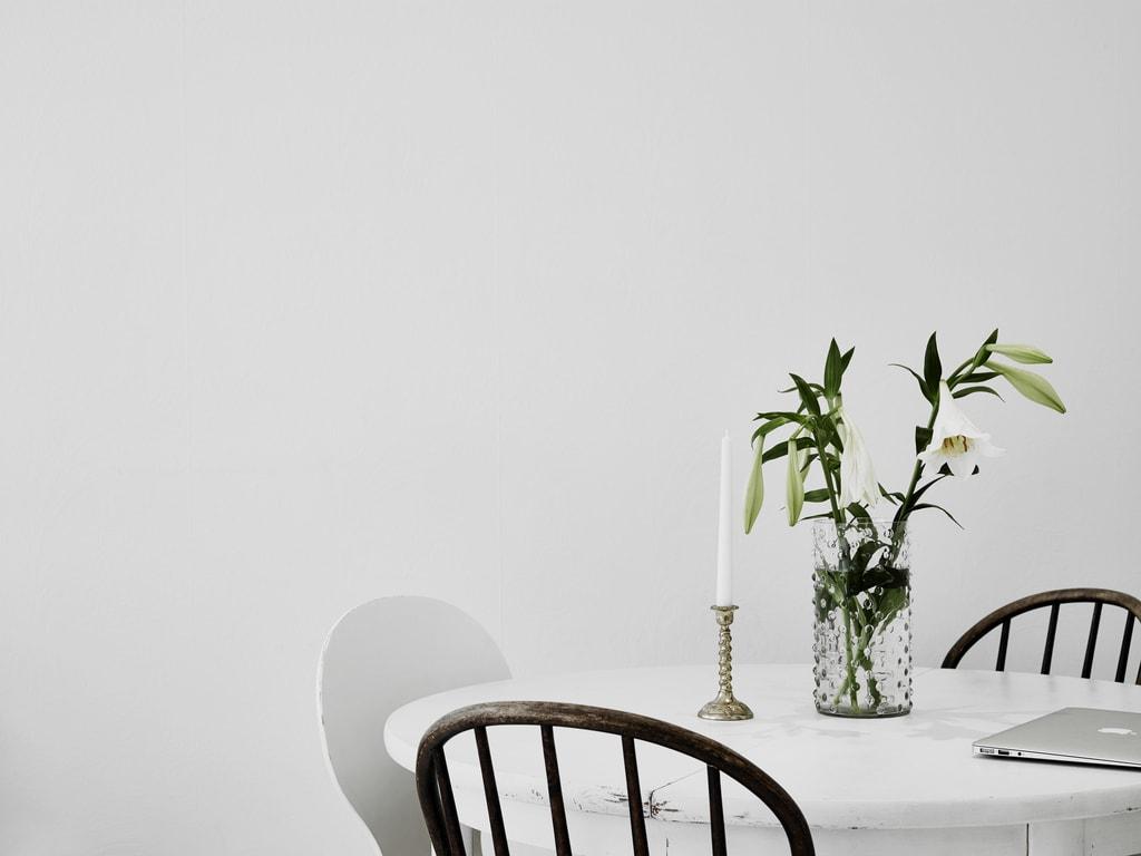 All white home - via cocolapinedesign.com