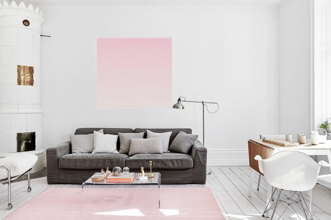 Home with a touch of pink - via cocolapinedesign.com