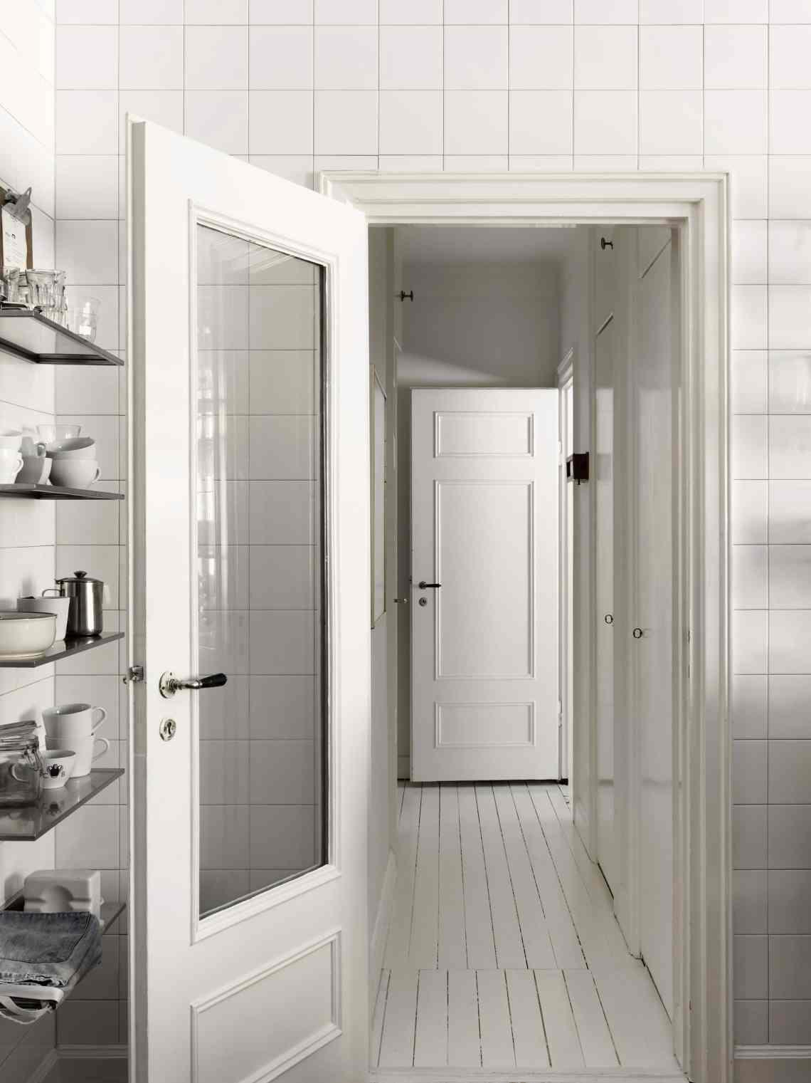 Christopher Bastin's home - via cocolapinedesign.com