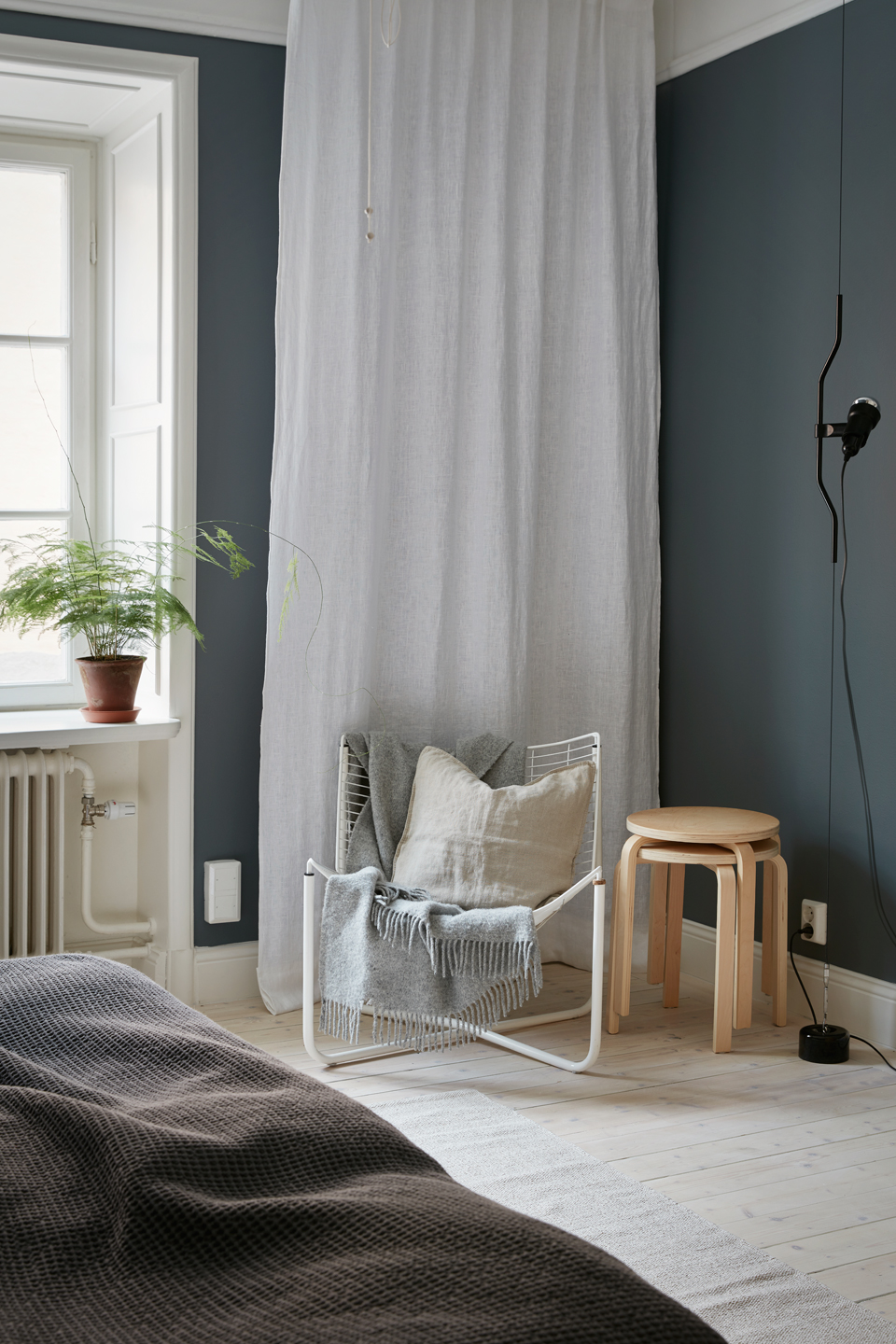 Cozy White Home With A Blue Bedroom Wall Coco Lapine