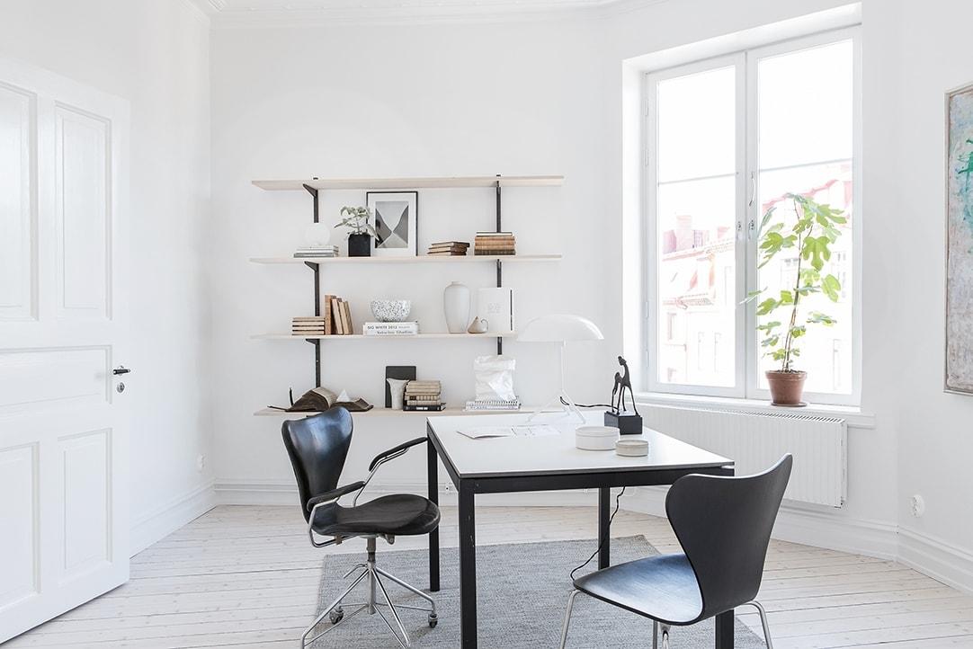 Fresh grey home - via cocolapinedesign.com