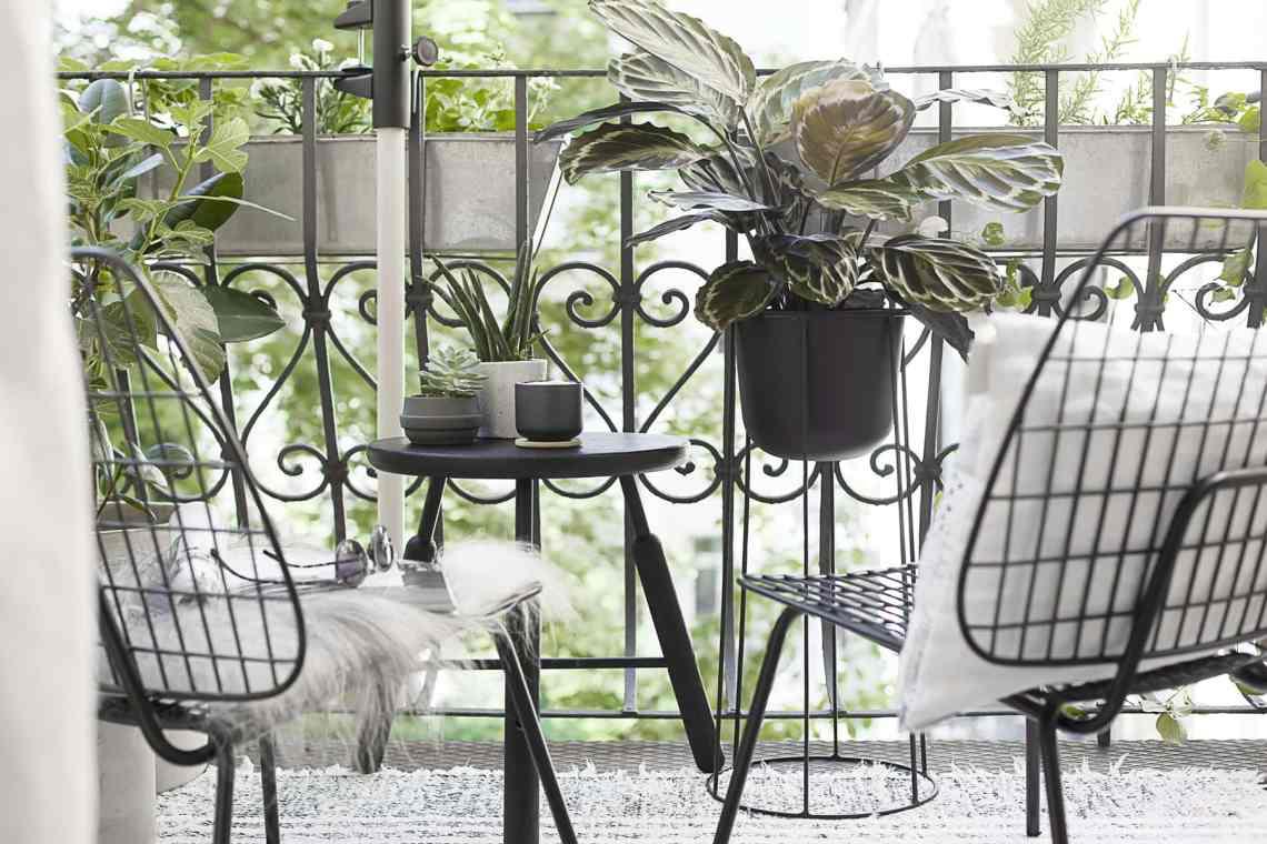Summer city balcony - cocolapinedesign.com