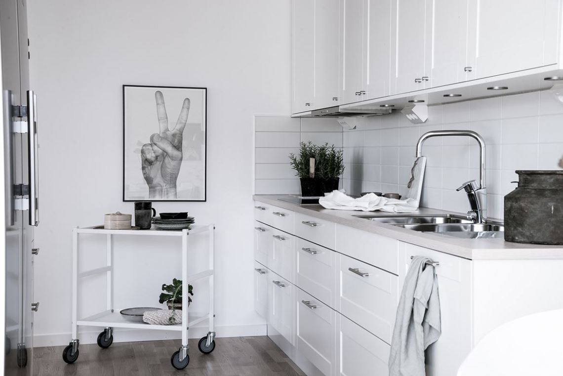 Fresh home with lots of style - via Coco Lapine Design-42-jpg-2132450361-rszww1170-80