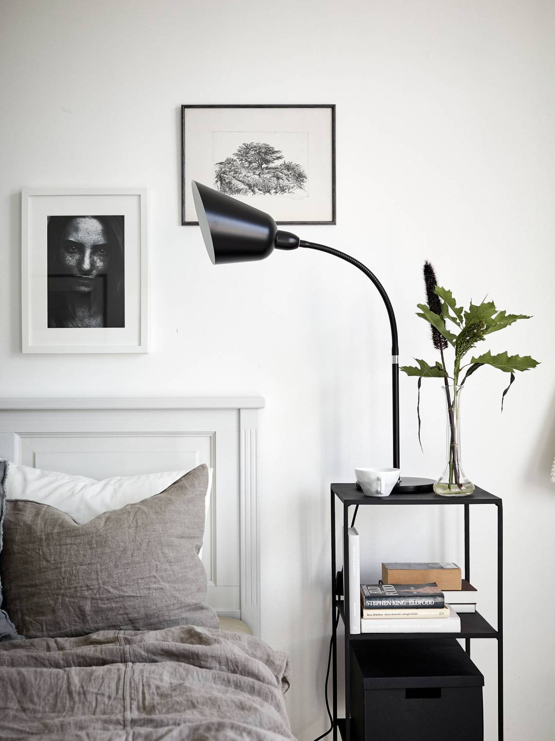 Neutral and monochrome - via Coco Lapine Design