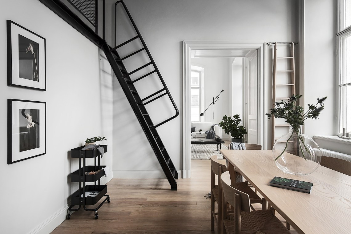 Breathtaking loft - via Coco Lapine Design