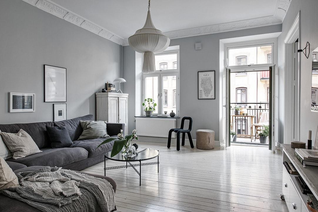 Beautiful grey living space coco lapine designcoco - Cristales decorativos para paredes ...