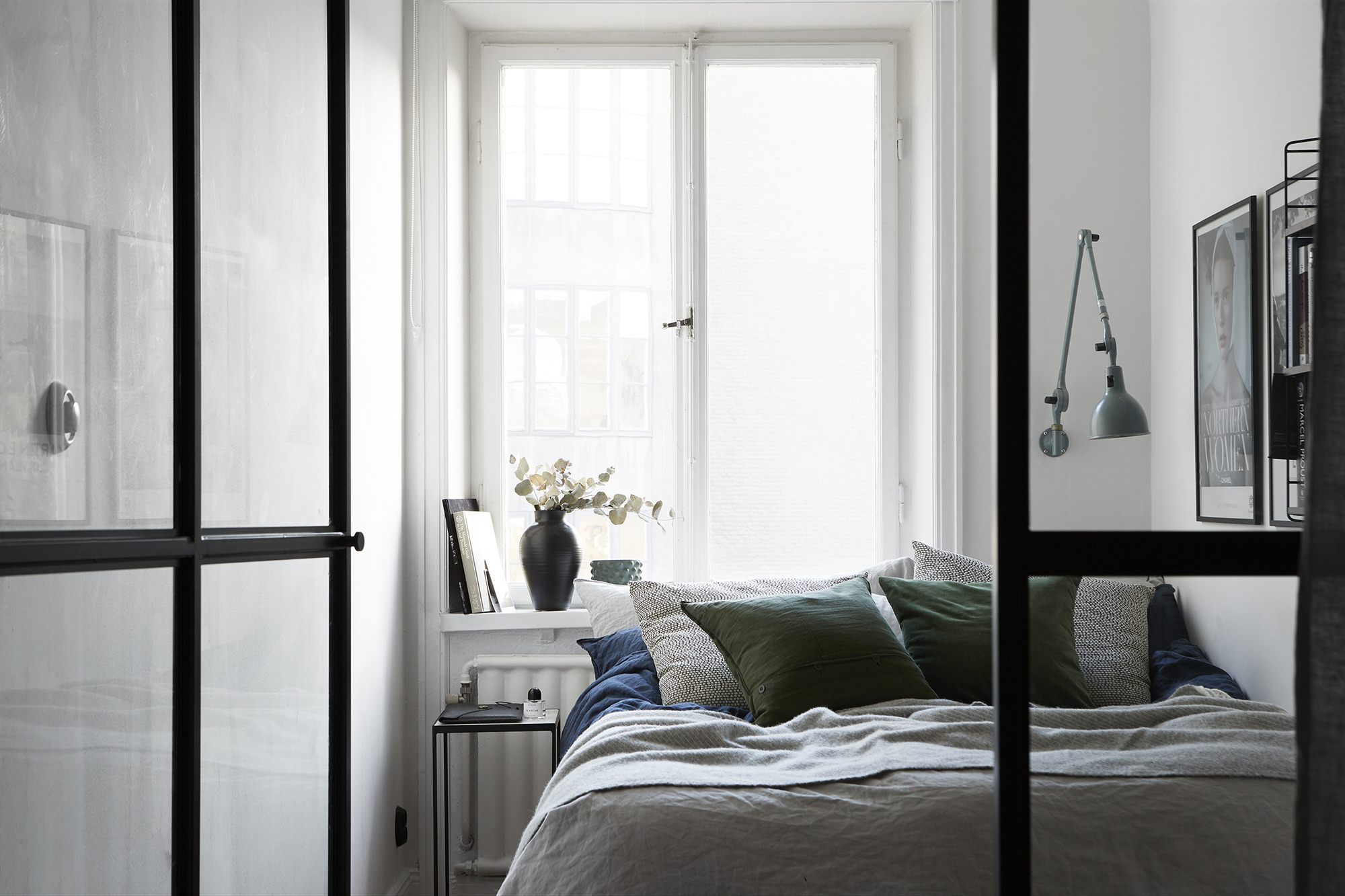 Bedroom Behind A Glass Partition   Via Coco Lapine Design ...