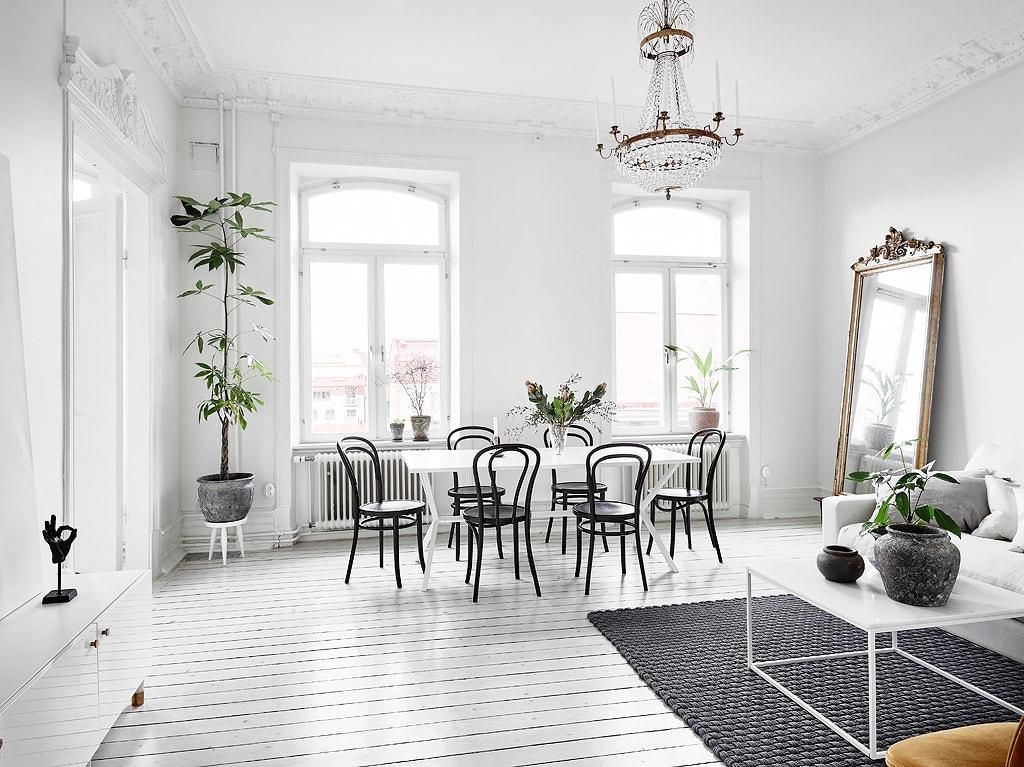 White and bright - via Coco Lapine Design