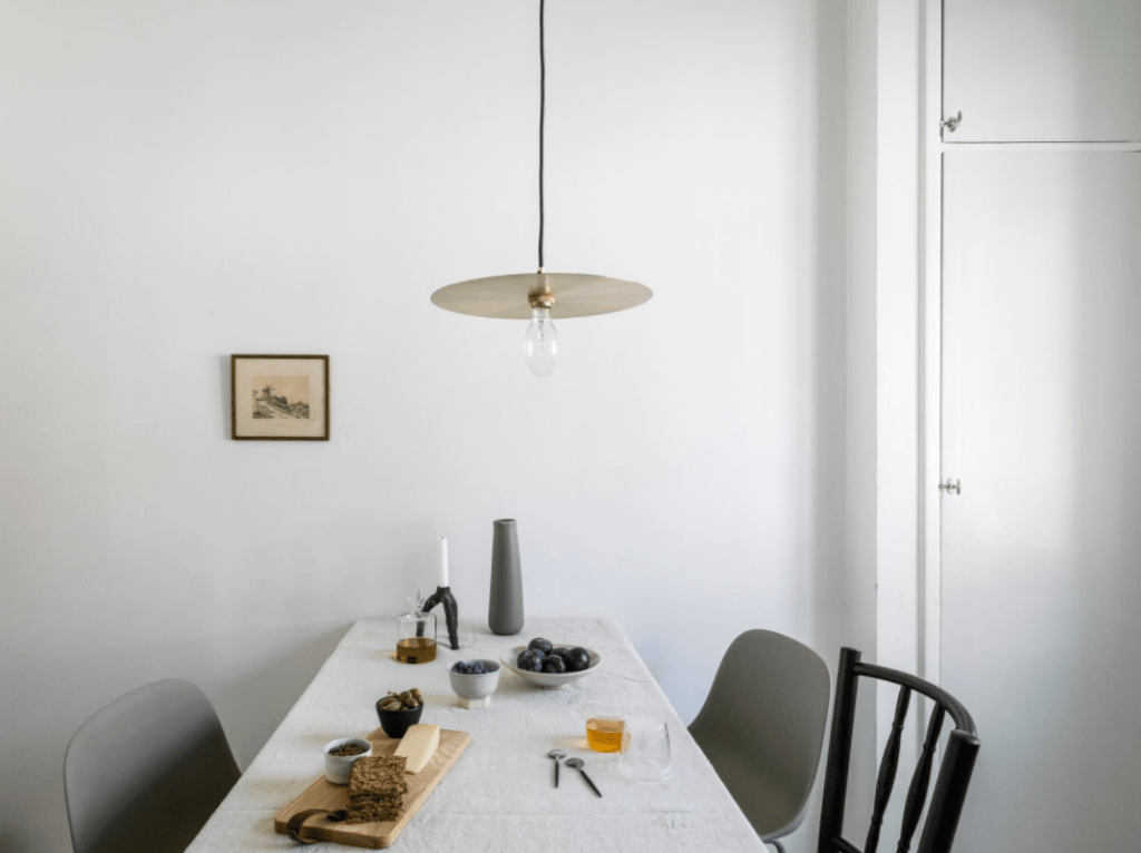 Simple home with great style - via Coco Lapine Design blog