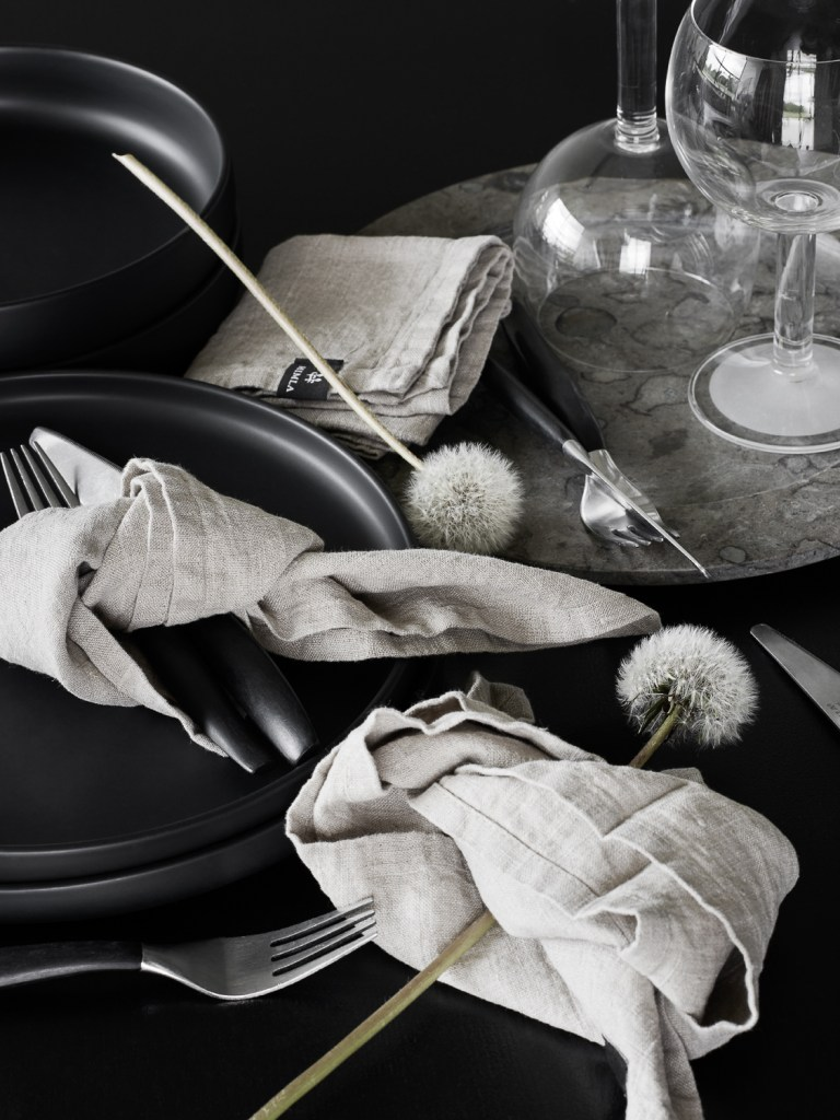 Annaleena Leino-Karlsson's home - via Coco Lapine Design blog
