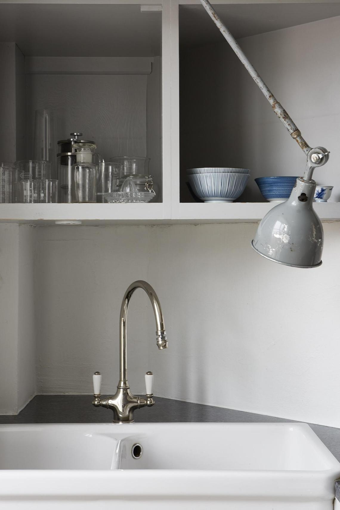 A mix of styles - via Coco Lapine Design blog