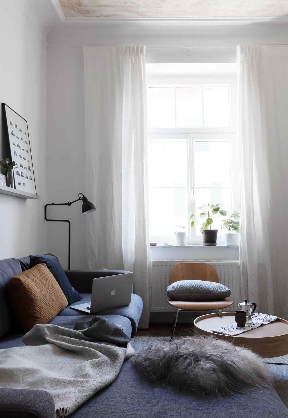 Living room stills - via Coco Lapine Design blog
