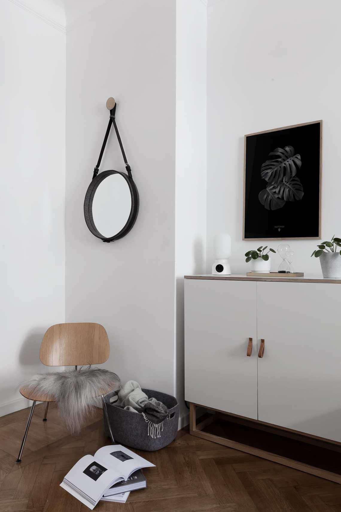 Moving things around - via Coco Lapine Design