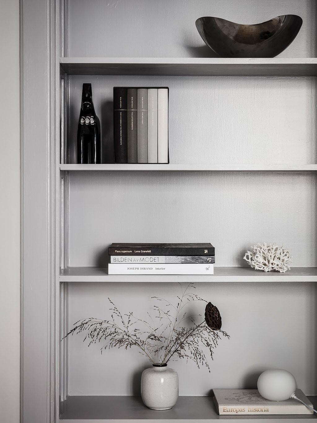 Cozy home with a blue kitchen - via Coco Lapine Design blog