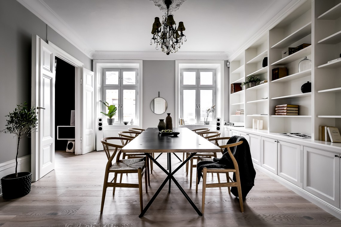 Stylish turn of the century home - via Coco Lapine Design blog