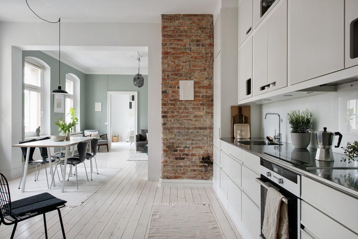 Fresh home in green - via Coco Lapine Design blog
