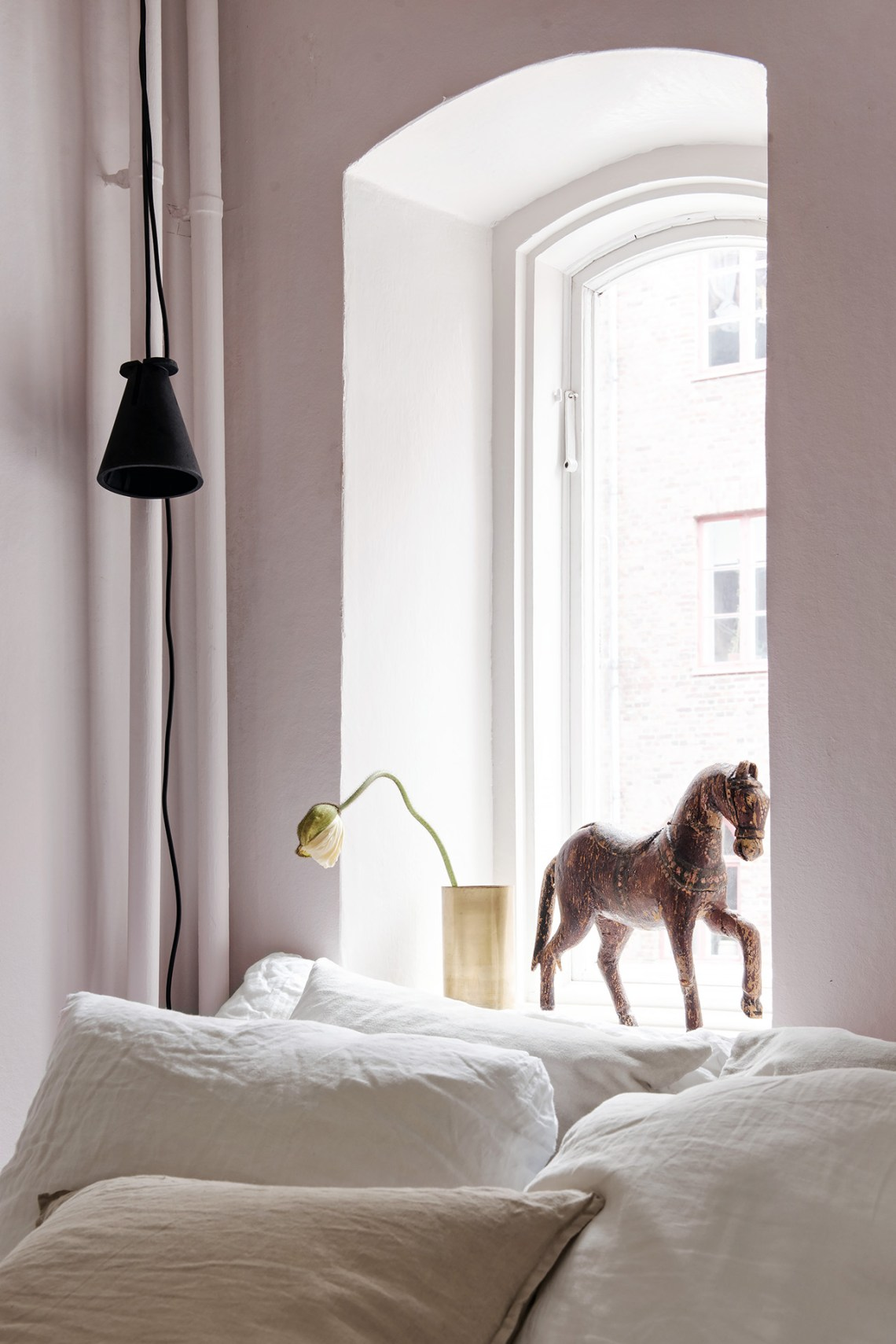 Blush bedroom - via Coco Lapine Design blog