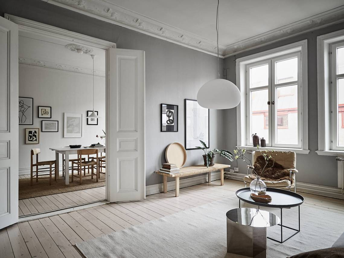 Grey home with a natural touch - via Coco Lapine Design blog