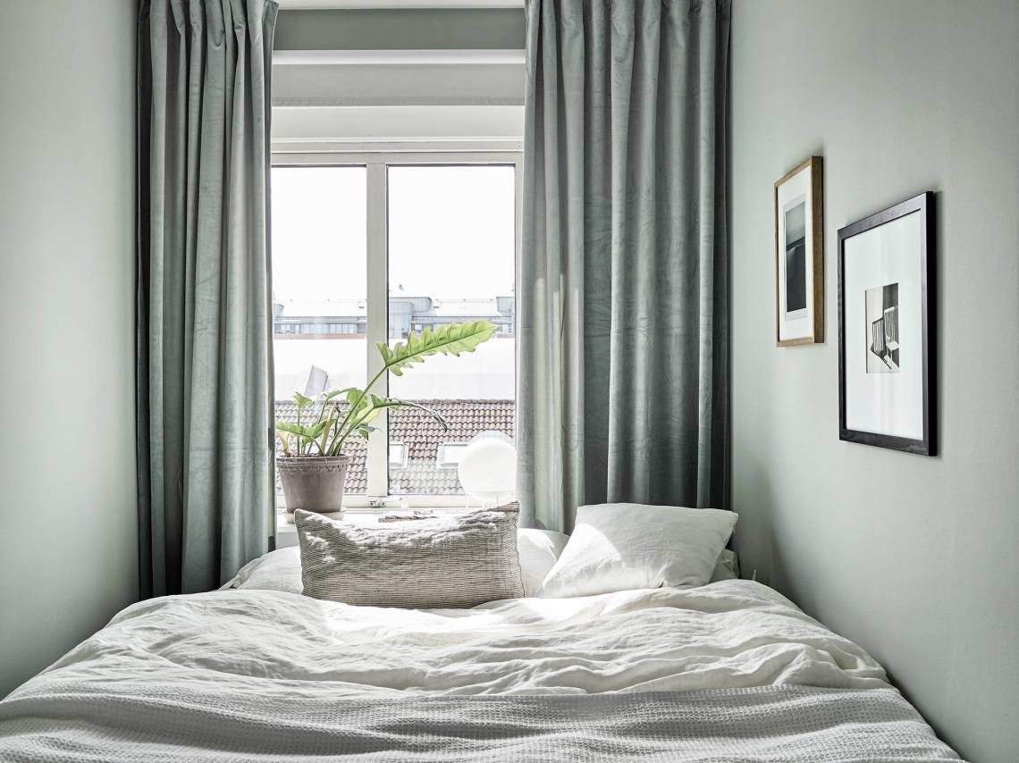 Cozy home with a practical layout - via Coco Lapine Design blog