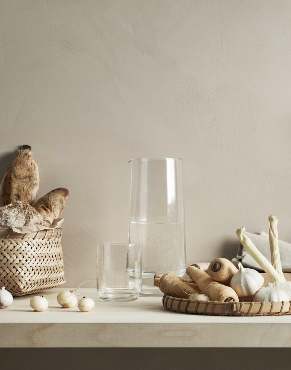 Warm kitchen style from H&M Home