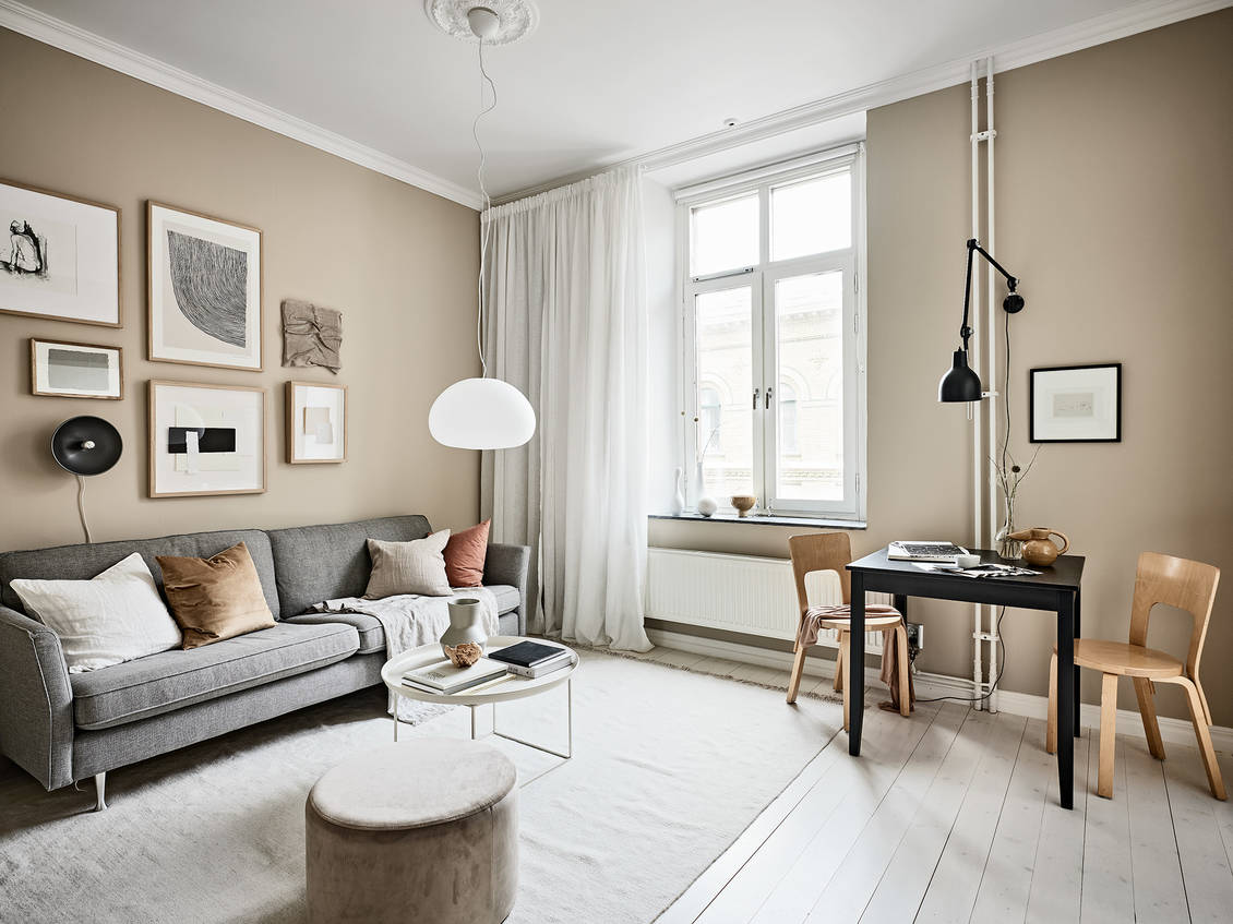 Small studio with beige walls