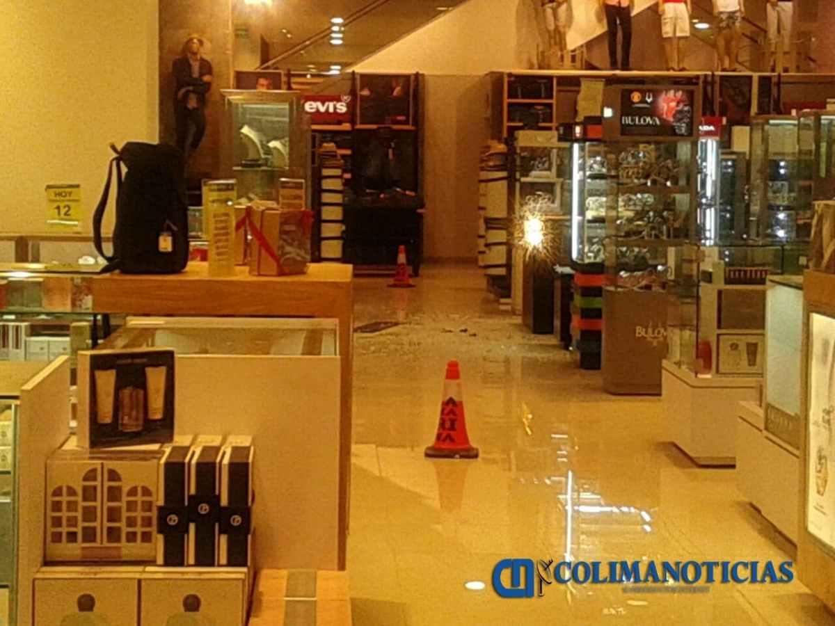 Atracan joyería de tienda La Marina en Manzanillo; hay dos detenidos