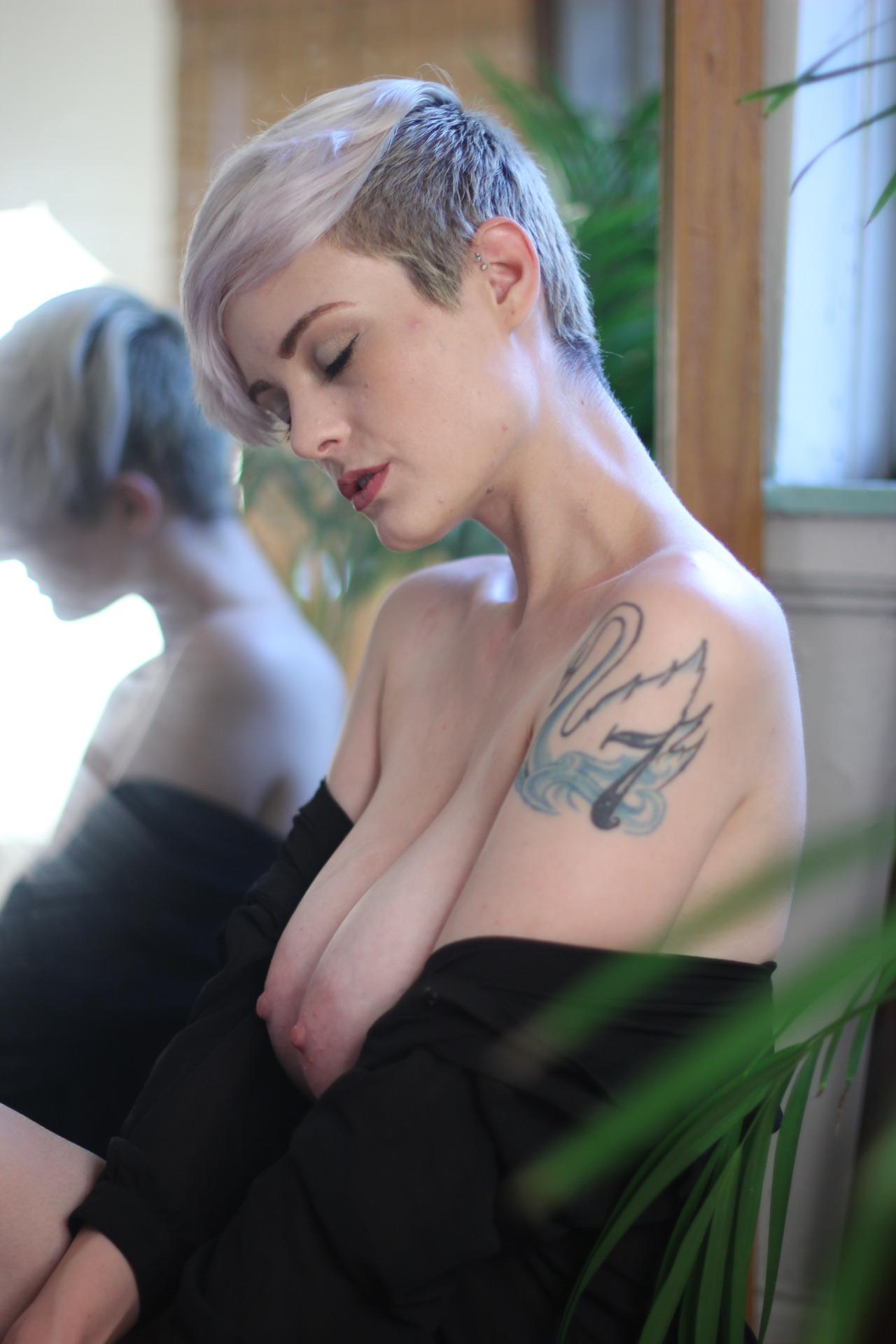 Gostosas de cabelo curto! Fotos Sensuais
