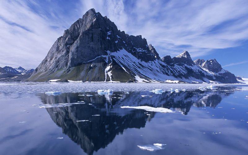 Beautiful-Norway-Mountain-Wallpaper-HD-2013