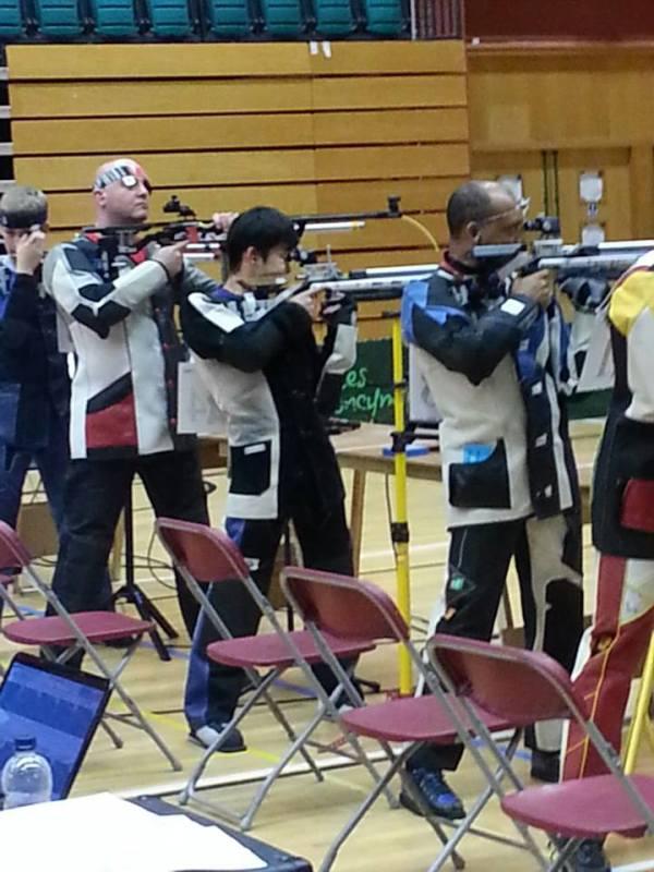 Rifle Club (1)
