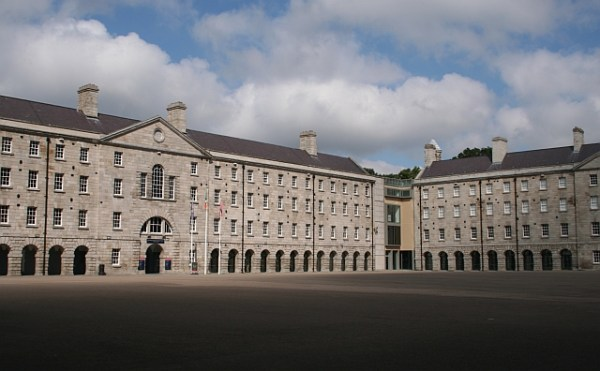 Collins_Barracks,_National_Museum_-_geograph.org.uk_-_302477