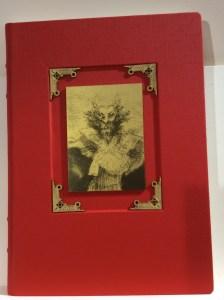 (Foto 11: Livro impresso de exposição da Fundación El Libro Total)