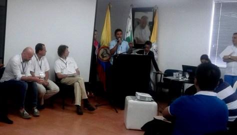 Un integrante de la Asociación de Sobrevivientes del Caquetá expone su visión sobre las perspectivas del desminado humanitario en el departamento