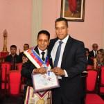 Medalha Estrêla Maçônica ao Ir.·.Armando, entregue por seu filho