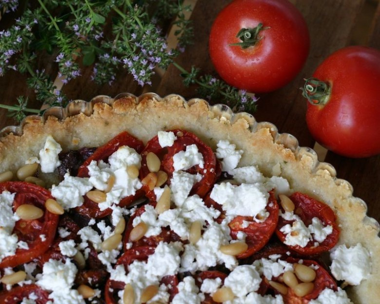 Paleo Goat Cheese and Tomato Pizza