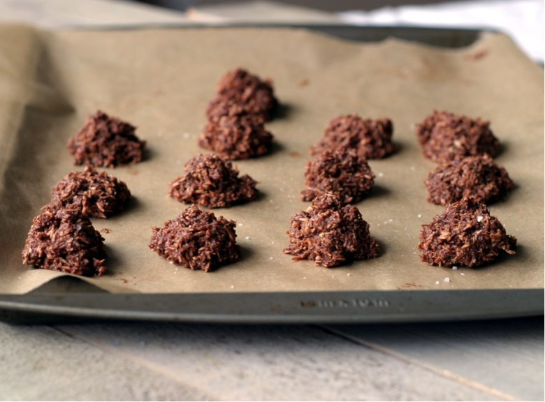 Paleo Thai Coconut and Cocoa Macaroons
