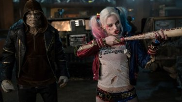 Adewale Akinnuoye-Agbaje and Margot Robbie in Suicide Squad