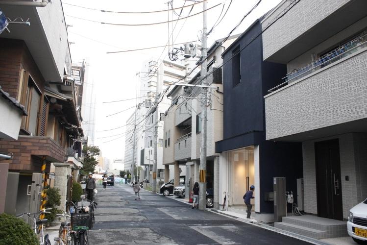ザウスの完成見学会26 -淀川の狭小住宅 1/6-
