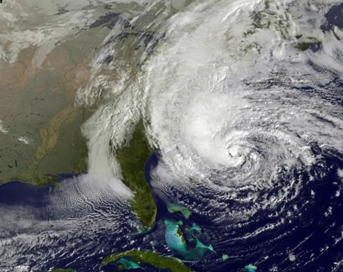 Los satelites de la nasa estudian la formacion de los huracanes desde el espacio