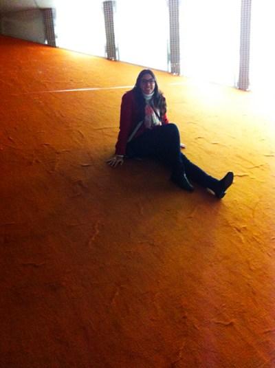 Sala laranja: ritmos acelerados e dinamismo.