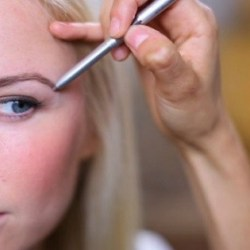 how-to-shape-your-eyebrows